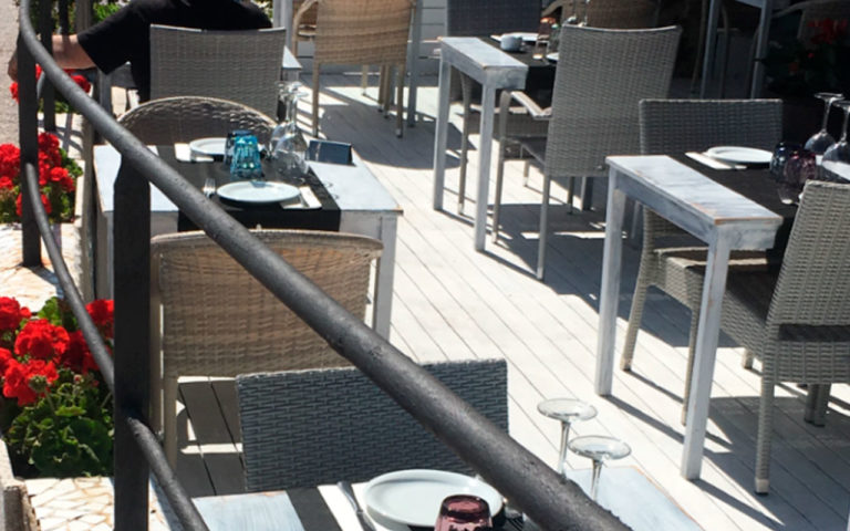 restaurante-terraza-tapas-del-mar-tossa-1