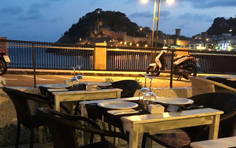 restaurante-terraza-tapas-del-mar-tossa-2